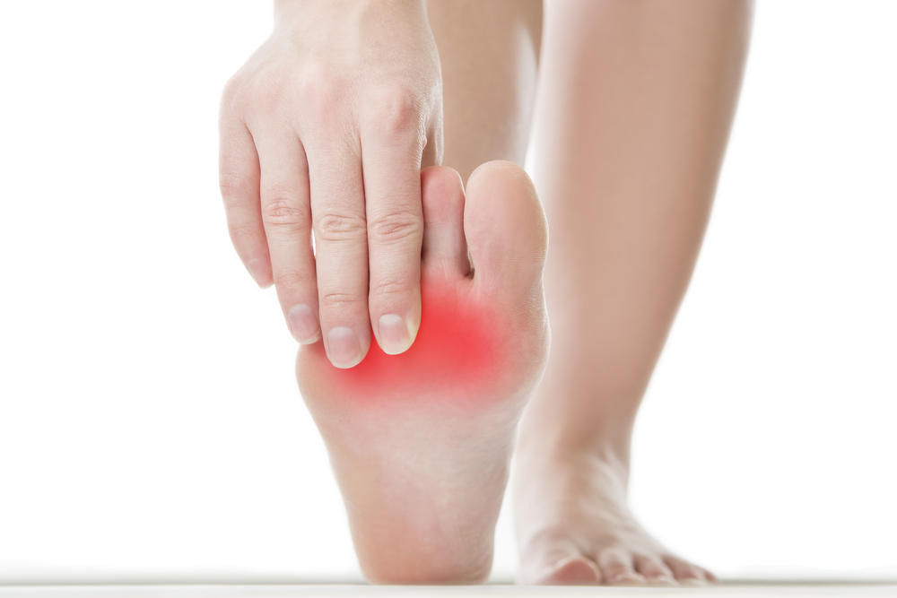 Causes And Treatments For 4 Common Foot Issues